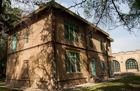 حساب بانکی قلعه احمد آباد مسدود شد