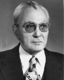 کریم سنجابی ( رهبر جبهه ملی ایران ۱۳۵۶-۱۳۷۳)